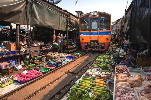 Tour Bangkok Amphawa e mare a Koh Samet 10 giorni 9 notti